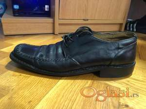 Muske cipele br. 45