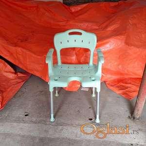 Stolica za tusiranje-kupanje
