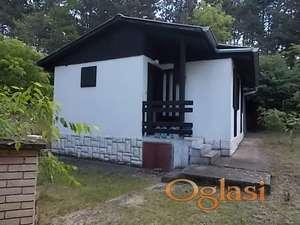 Prodajem legalizovanu konformnu kuću u najlepšem delu Devojačkog bunara