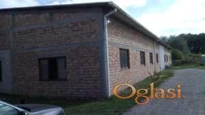 Građevinsko zemljište + objekti u industrijskoj zoni u Vrbasu