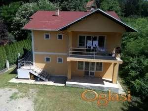 Kuća uVrdniku