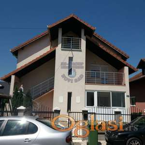 Fenomenalna nova sredjena kuca na ulazu u Veternik!!!021/662-0001