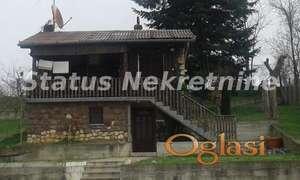 Sr. Kamenica-Etno kuća sa bazenom,i velikim vočnjakom