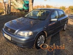 Opel Astra povoljno moguc svaki dogovor...