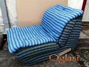 Stolica ( lezaj ) na razvlacenje