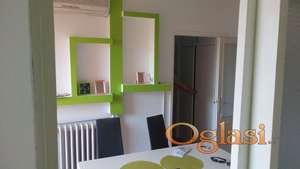 Izdajem dvosoban stan u centru Niša, Nade Tomić