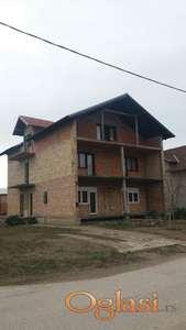 Odlična uknjižena porodična kuća u Temerinu, 315m2,  vlasnik