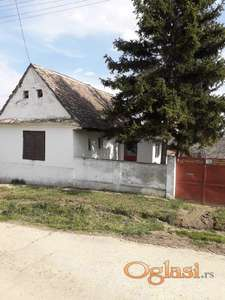 Kuća u Ležimiru na prodaju