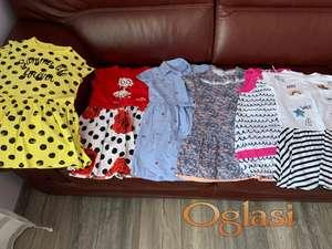 Prodajem odeću za devojčicu od 4-5 godina