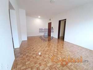 Predstavljamo Vam fantastičan dvoiposoban stan na Novoj Detelinari.