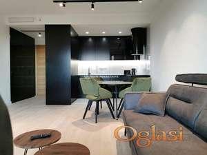 Izdavanje stanova Skyline-Trosoban lux stan, garaža, bazen, spa centar