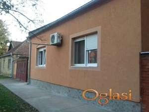 Nameštena kuća u Gospođincima 125m2, 17.5 a plac