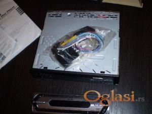 Prodajem nov SONY MP3 CD RADIO-(sa kutiom)