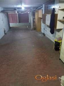 Izdajem garažu na Voždovcu, Vojvode Stepe 110