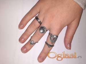 Komplet prstenja