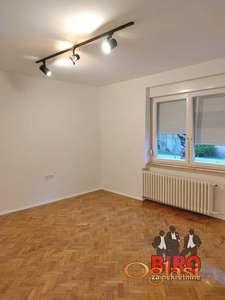 ~ ~ stan na prelepoj lokaciji - renoviran - gratis podrum ~~