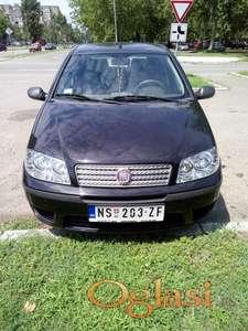 Prodajem fiat Punto kao nov 45000 km ili menjam za Alfa Romeo 159 limuzina kljuc za kljuc