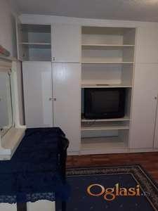 Izdajem stan na Dušanovcu 180 eura