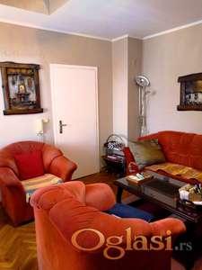 Duplex na Grbavici, odlična lokacija ( blizina fakulteta, Promenade, SPENS-a, Sajma, centra , itd ).