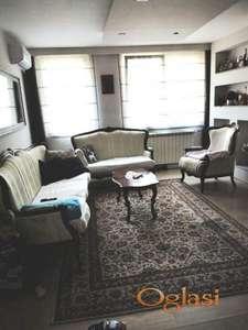 Komforan dvoiposoban stan u Duvaništu