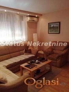 Sremska Kamenica, Nova kuća sa dva stana