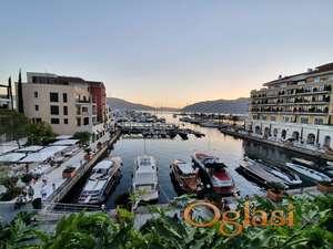 Stan u Porto Montenegro sa najljepšim pogledom na more!