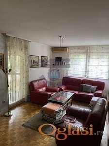 Trosoban stan na Novom Naselju 021/632-2111