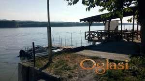 Stara vikend kuća 21m KAMENJAR 1 uknjižena I red do Dunava TOP LOKACIJA