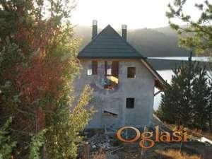 Fenomenalna kuca u sivoj fazi pored jezera u blizini Tare!!!021/662-0001