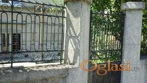Povoljna cena stana,Lekino brdo, Bacvanska, 60m2,