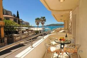 Prodaje se stan na samoj obali mora u Rafailovicima