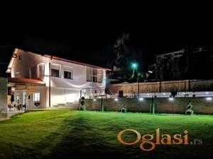 Luksuzno opremljena kuća, vrhunski kvalitet opreme i gradnje! 021/221-5100