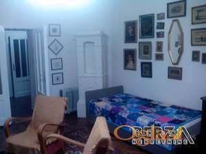 PRODAJA STANOVA  NOVI SAD  CENTAR  TROSOBAN  Prodaje se renoviran stan u strogom centru grada etaka zona Atraktivna lokacijaPogodan i kao p