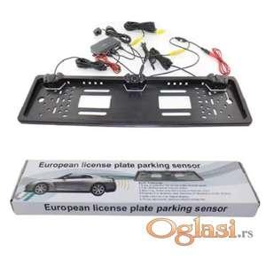 Ram za tablice sa kamerom i parking senzorom