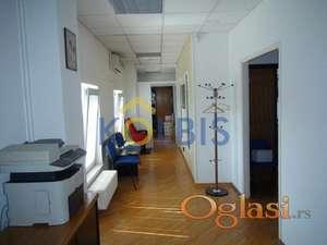 Izuzetan penthouse poslovni prostor ID#1014