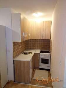 Jednosoban stan, top lokacija 220€