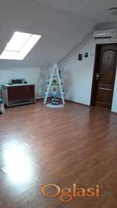 Kvalitetan dvoiposoban stan u potkrovlju, Misa, 38000