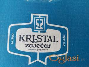 Kristalne case