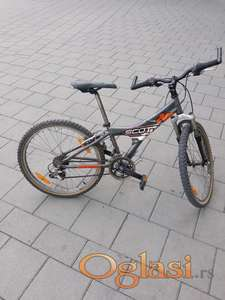 Scott bicikl 240