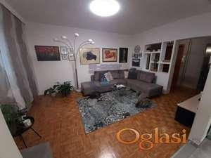 Fantastičan trosoban stan na Limanu ! Bez ulaganja ! * 021/6322-111 *