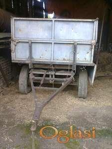Traktorska prikolica 3t nije kiper sa dve osovine