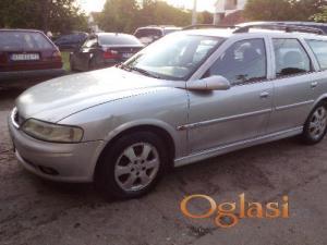 Nova Pazova Opel Vectra B 2001