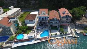 Hotel sa 5 apartmana na 1. liniji - Njivice, Herceg Novi