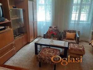Stan u kući u centru Budisave
