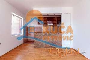 JEDNOIPOSOBAN STAN NA PANTELEJU, 44 m2 + 40 m2 POTKROVLJE - 55000 eur