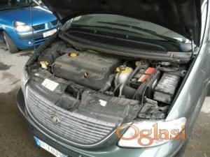 Pančevo Chrysler Voyager crd 2.5 2001