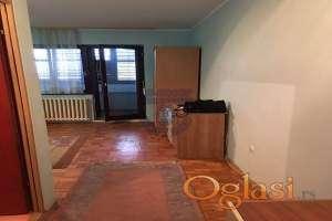 Odlican jednosoban stan na Novom Naselju!!!021/662-0001