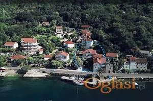 Luksuzno. Novi stan na 1 liniji. Kotorski zaljev