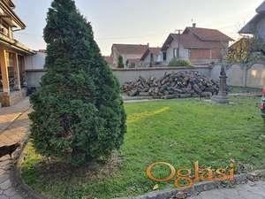 Na prodaju porodična kuća u mirnom naselju u Leskovcu 63000