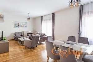Novi stan u elitnom Prznu kod hotela Maestral